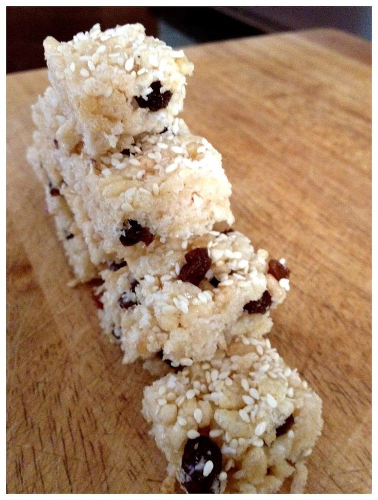 Rice Bubble & Sultana Slice - Cooking for Busy Mums