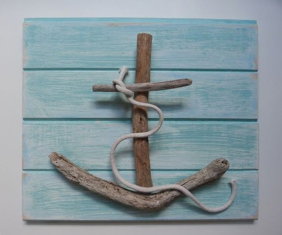 Great way to use driftwood #beach #nautical #craft