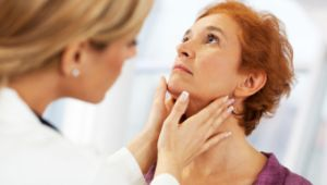 Thyroid Symptoms in Women - https://topnaturalremedies.net/your-symptoms/thyroid-symptoms-in-women/