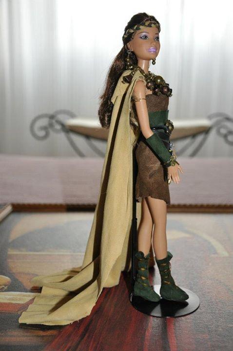 Barbie de la Comparsa de Cristianos de las Fiestas de Moros y Cristianos de Elda (Alicante)