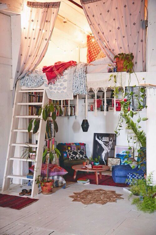 Tres Boho Chic den for storing trinkets and scarves and belts and skirts with a place to relax and read books with fringes ;)