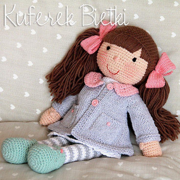 Agatka, Gehäkelte Puppe (34 cm)