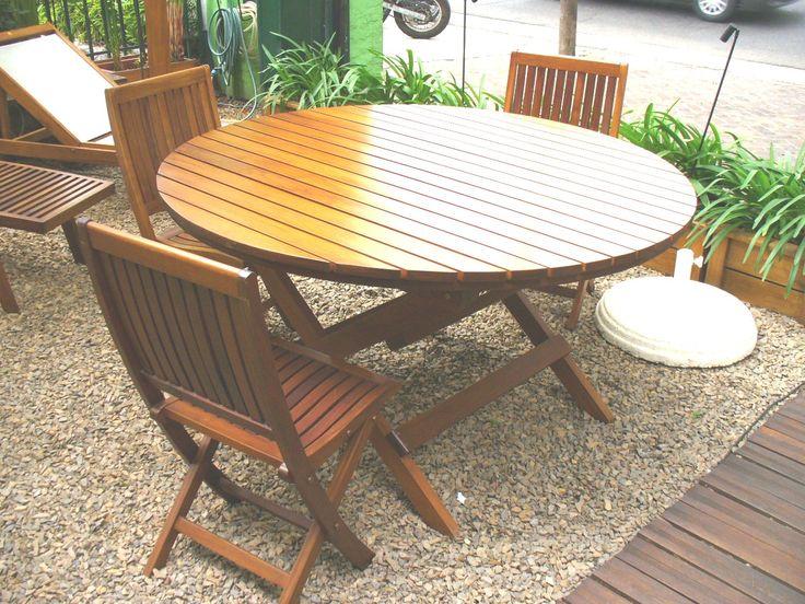Mesa redonda, plegable o con 4 patas, consultá por distintos diseños.