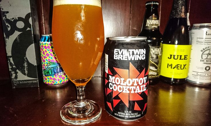 Molotov Cocktail, IPA, with Mango & Orange Added, 12%. Evil Twin Brewing Co, Stratford, Connecticut USA. A really interesting beer! Tangy, mango/orange taste, with a sweetness hit first, then bitterness following. (Does what I just said make sense?... ). This was the last can at the Oak Barrel bottlo I frequent daily, so unless I find some elsewhere in Sydney,  this will be my first & last can . Damn fine beer!