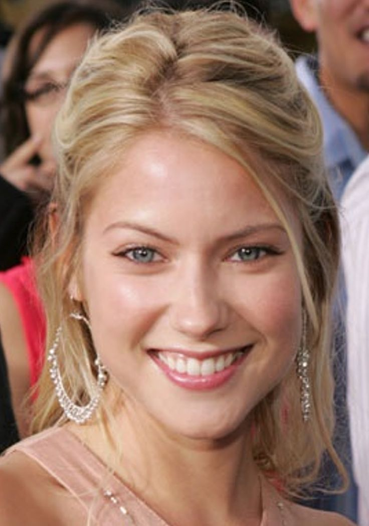 laura ramsey instagram actress