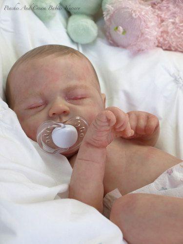 REBORN BABY CREATED BY DONNA LEE soooooooo cute the cutest thing i have ever seen