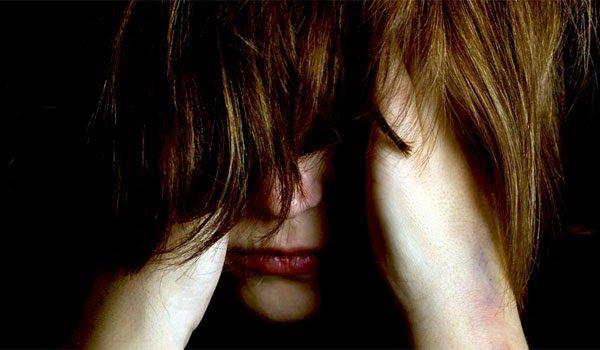 Συγγραφέας συγγλονίζει: Με βίαζε 13 χρόνια - Πούλησε τα παιδιά μου