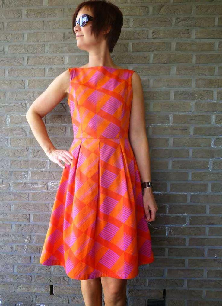 June dress by La Maison Victor. More DIY fashion inspiration: www.lamaisonvictor.com