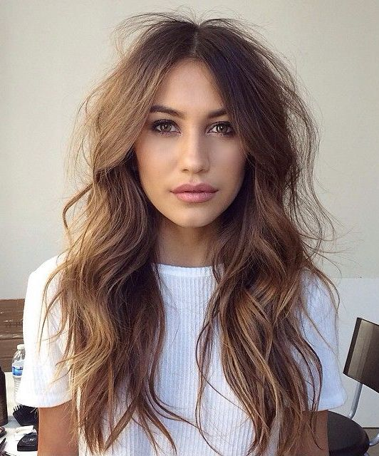 Easy Long Wavy Hairstyles for Women