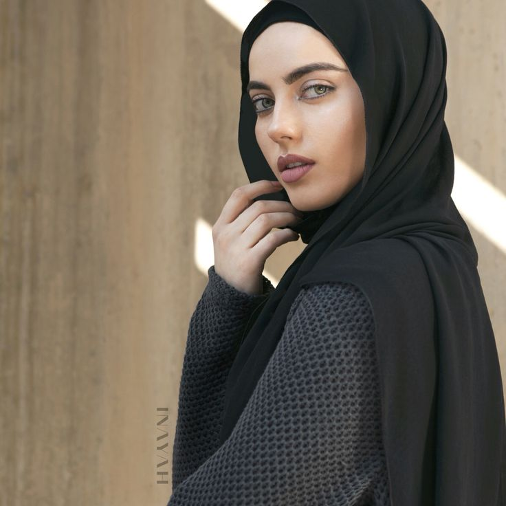 Help transition into Spring with some of our warmer winter wrap-ups.  Available online and in-store: Charcoal Oversized #Jumper + Black Rayon #Hijab - www.inayah.co - Remember to take your in-store selfies to be in the chance of winning our weekly £250 weekly store credit giveaway! You don't have to include your face, your image can simply be an image of your purchases! All images from the Launch Week will be submitted into this weeks prize draw too!