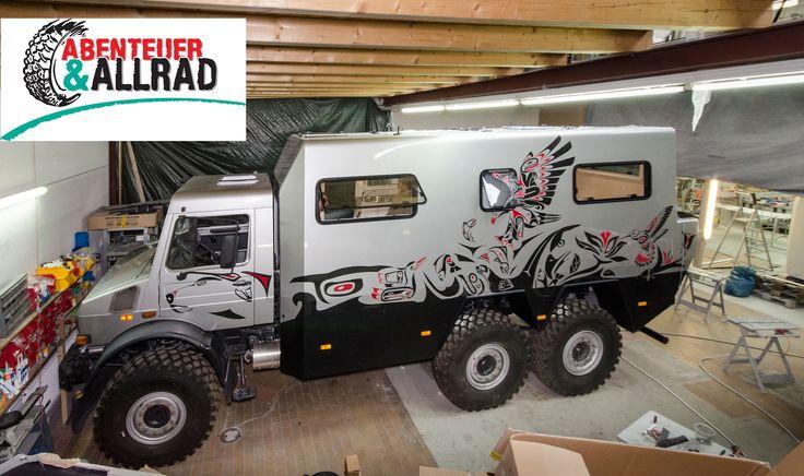 Der Offroad Leichtbau Manufaktur Unimog 6x6 wird auf der Messe in Bad Kissingen mit extrem leichten Kabinen aus Carbon-Sandwich ausgestellt