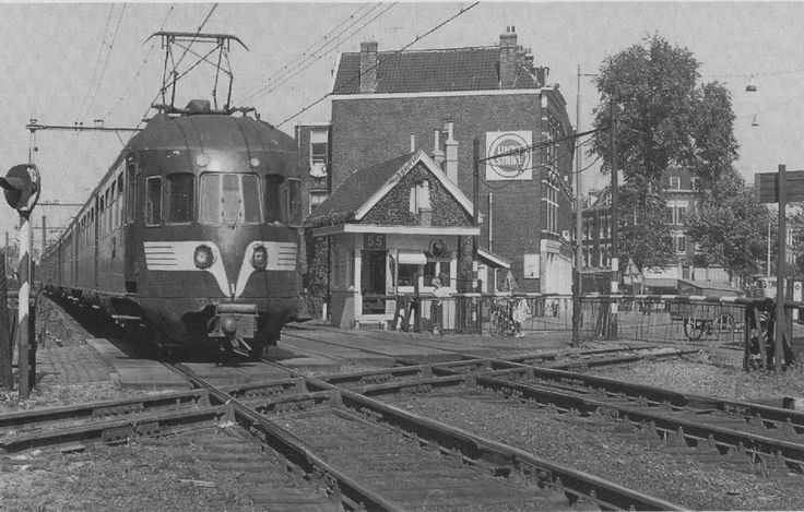 Rotterdam - Overweg Rosestraat, 1964