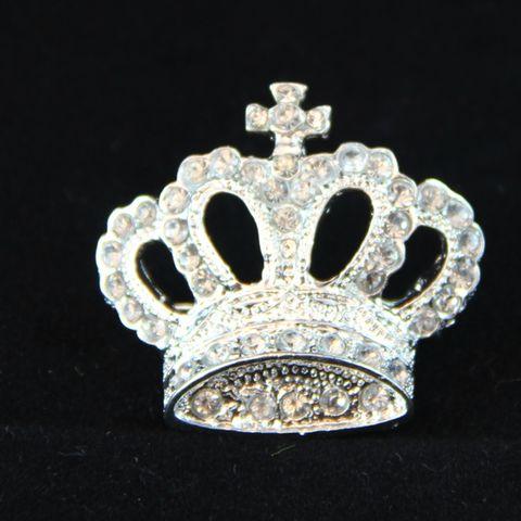 Queen of Me Elegant Brooch