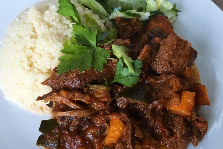Rundvlees Tajine met courgette, pompoen en pruimen