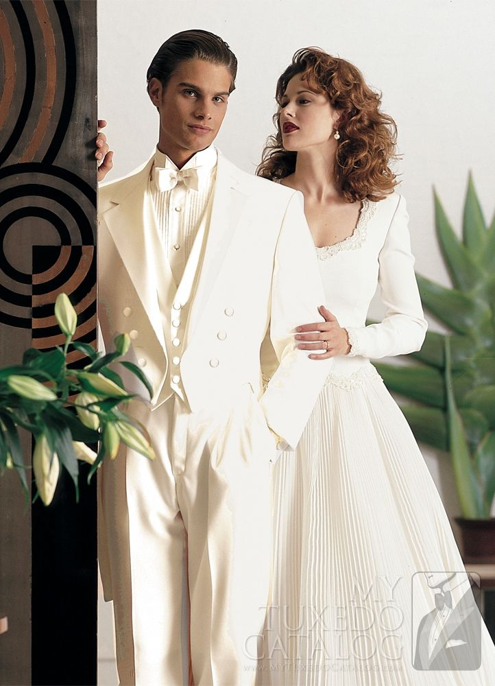21 best White Tuxedos and Suits images on Pinterest | Wedding ...