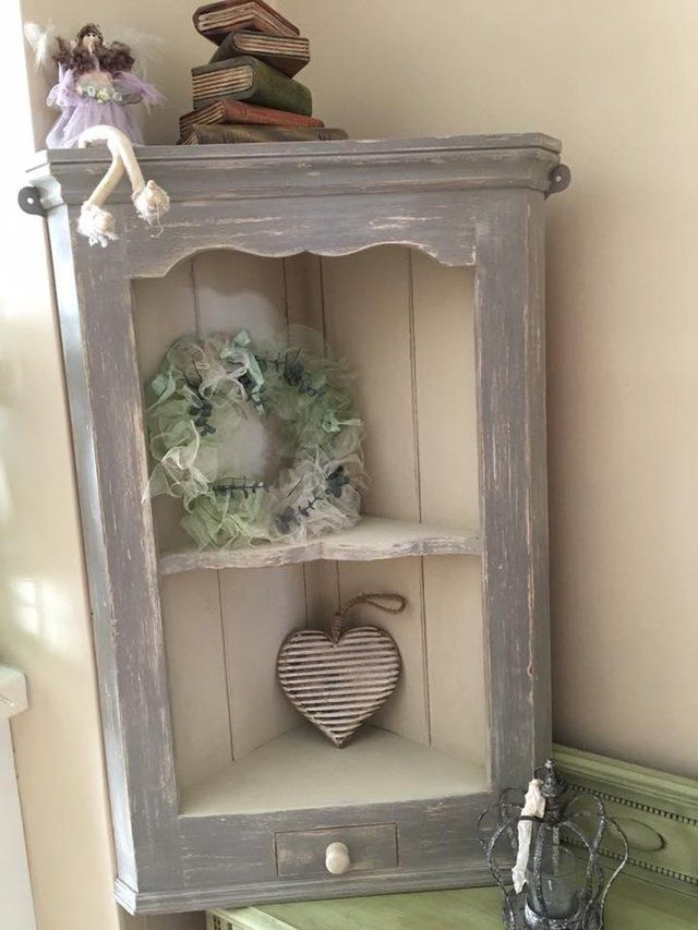 Shabby Chic Country Pine Corner Wall Shelf Painted in ASCP For Sale in Rugby, Warwickshire | Preloved