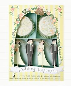 A weddingcupcake kit from Leilas General Store, I love this!