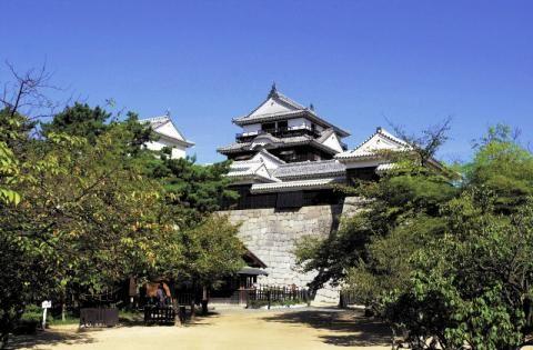 松山城   Matsuyama-jo Castle