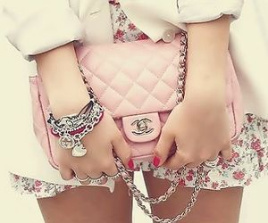 A girl has to have at least one pink clutch <3