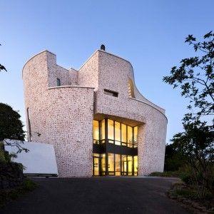 Davide Macullo Architects | Wal-Chong Art Gallery