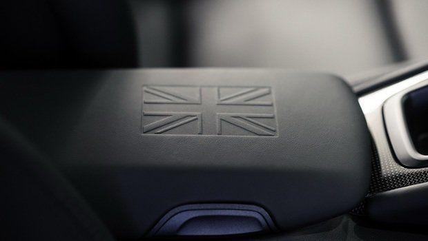 Novo Smart aparece antes da hora, venda de carros usados aumenta, um 911 exclusivo para os ingleses e mais!