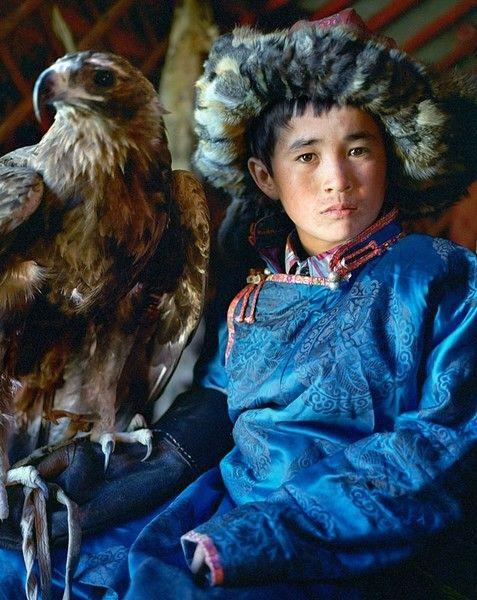 Golden Eagle Nomads, Erbol