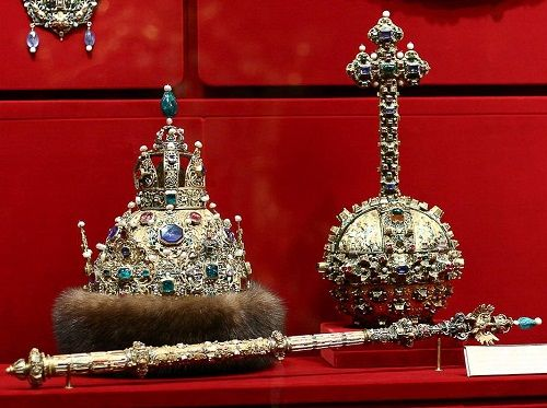 Image result for crown of astrakhan mikhail romanov