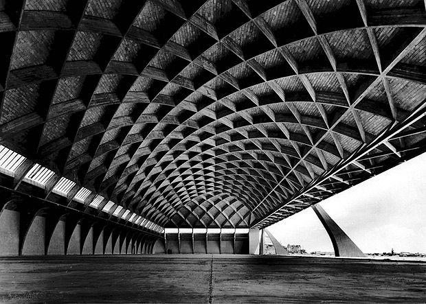 Pier Luigi Nervi - Aircraft hanger, Orvieto 1935. Via.