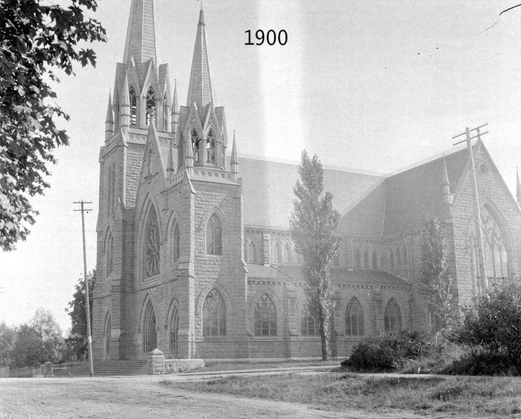 1900 - The Catholic Holy Rosary Cathedral on Richards and Dunsmuir just after its completion.