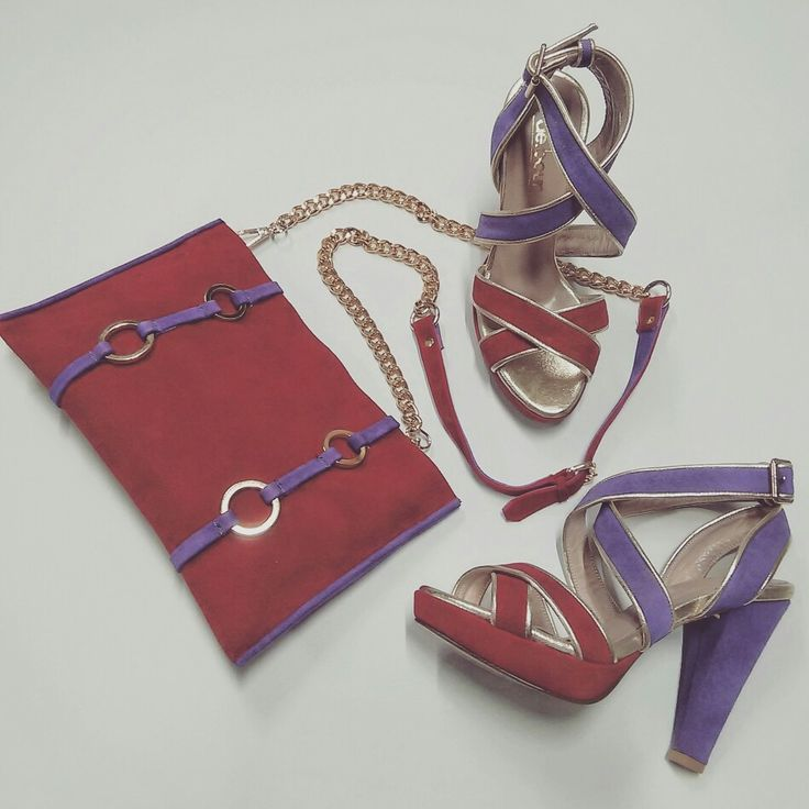 Matchy, matchy!! Custom-made sandals and clutch #mydebour