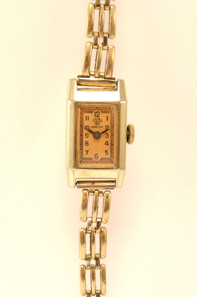 VINTAGE GOLD-PLATED LADY WATCH. US $49.91