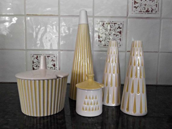 Vintage 1960s Kitchenwar / Hornsea Pottery Summit / Salt/Pepper/Vinegar/Jam Pottery Set/ RARE / Yellow and White ~~~ Hornsea Pottery, Made in