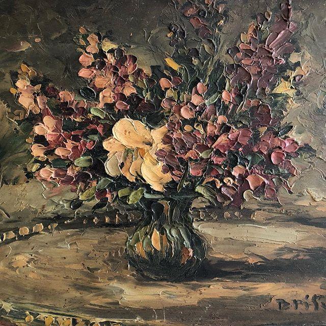 French Floral Brushstrokes..coming to the WebShop this evening  #frenchflorals #oilpainting #antiquepaintings #oilonwoodpanel #antiqueart #artlovers #artwalls #artsource #artshop #artonline #vintageart #vintageartemporium #artandinteriors