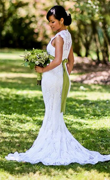 It took five months and cost just $30 for Chi Krneta to crochet her own wedding dress. <span class=meta>(Jerome Tso Photography)</span>