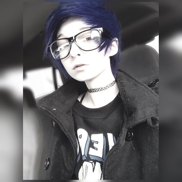 So I'm dying my hair again c: imma try and record it, we'll see if it turns out ok xD