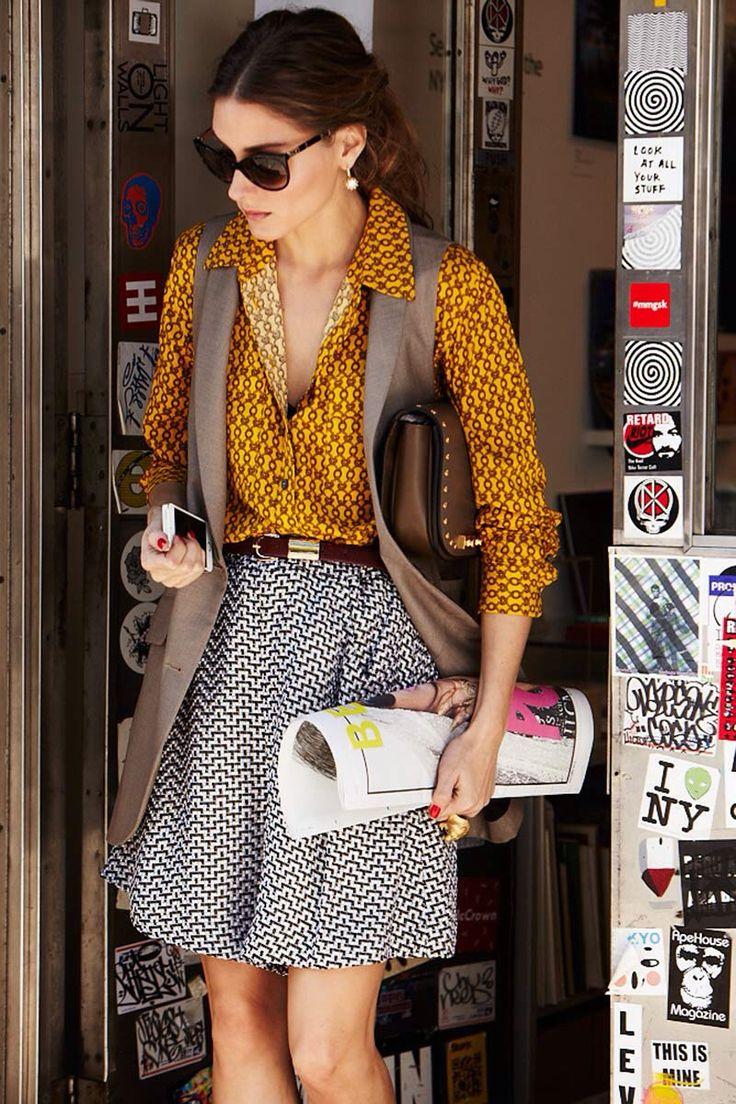 Olivia Palermo misturou duas estampas com padronagens simples e pequenas. Porem as cores são diferentes. Ficou lindo!