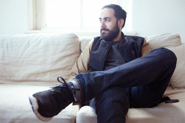 Baris Akerdere, better known as Sotu the Traveller, talks to us about inner peace, making music and his new release, Eunice...  http://www.onesmallseed.com/2012/10/ode-to-nina-q-a-with-sotu-the-traveller/