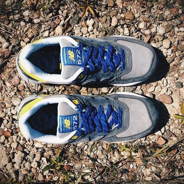 Jeden Z Modeli Nowej Serii 572 New Balance Newbalance 572 Elite Sneakers Kicks Kickcheck Summer Revlite Ss14 Ru Brooks Sneaker Sneakers Shoes