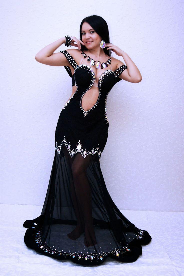 Фото восточных девушек в черном платье, реални носил секс каз