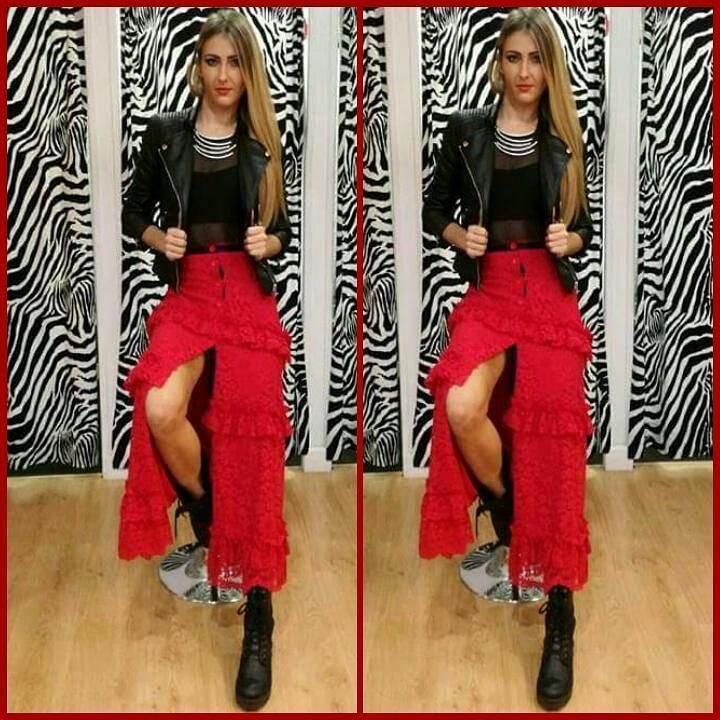 Outfit: @crazy_ancona #me #model #dennyrose #skirt #imperfect #body #bikers #laces #highheels #fashionvictim #black #red #accessories #necklace #rock #style #glamour #fashion #mode  #outfit  #showroom #blonde #inkedbody #inkedgirl #tattoos #summerbody #fitgirl #poledancer #fitbody #instapic