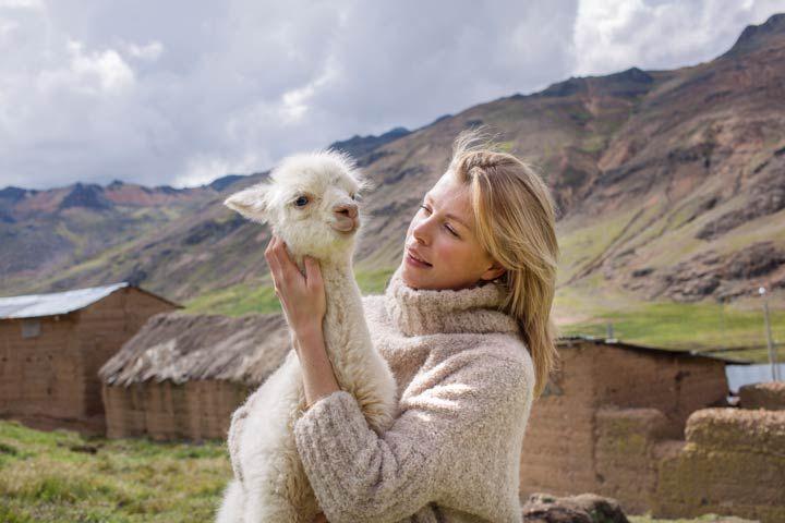 Ellen Kegels staat intussen aan het hoofd van een heel knitwear imperium waaronder het mutsenmerk LN Beanies en LN Andes met een modieuze kledingcollectie voor winter en zomer. | CIZZO.be