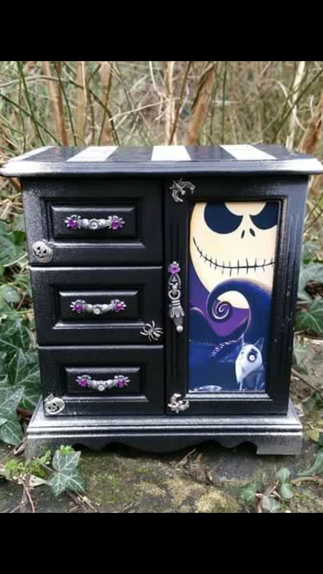 72 best Craft Room! images on Pinterest Halloween crafts, DIY - nightmare before christmas bedroom decor