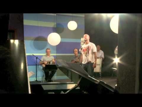 """Diogo Nogueira canta """"Espelho"""" no Sambabook João Nogueira"""