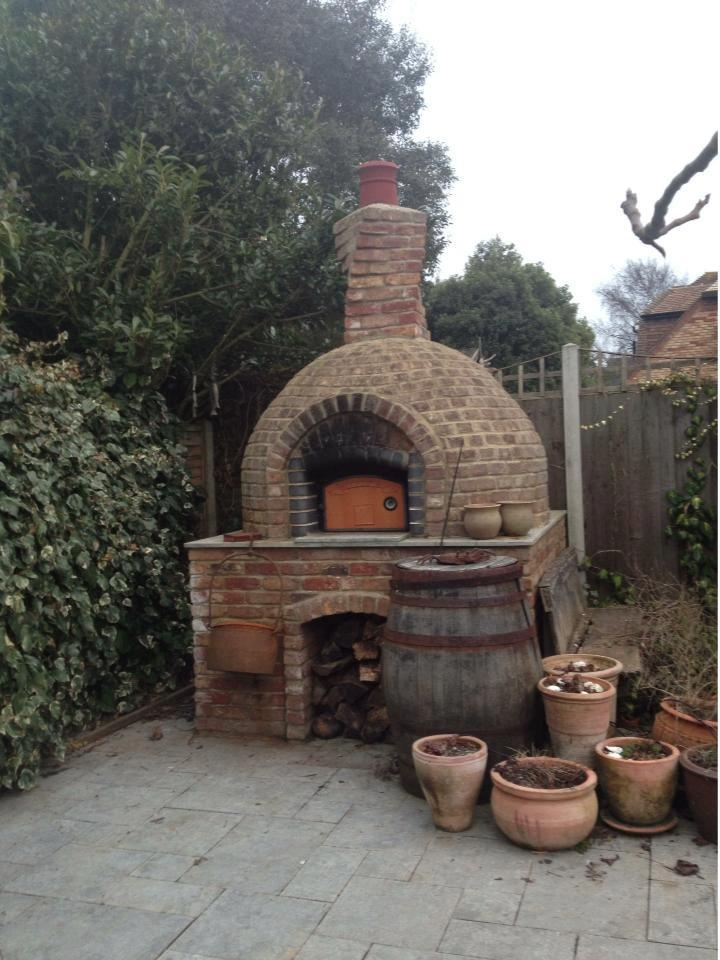 Eco brick oven