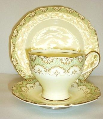 Paragon Lamorne Vintage English China Tea Set Tea Cup Trio