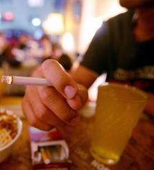 """¿Sabe que fumar """"pudre"""" su cerebro?"""