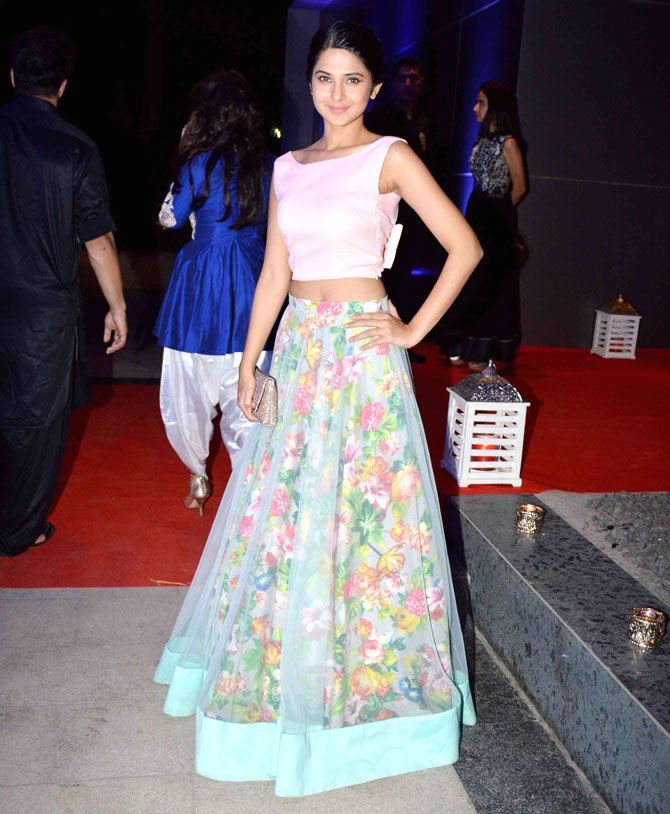 Jennifer Winget : Photos: Riteish, Genelia, other celebs at Ashish Chowdhry's Diwali bash