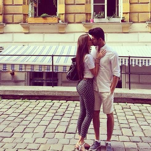 #Love#Couple#cute#kiss