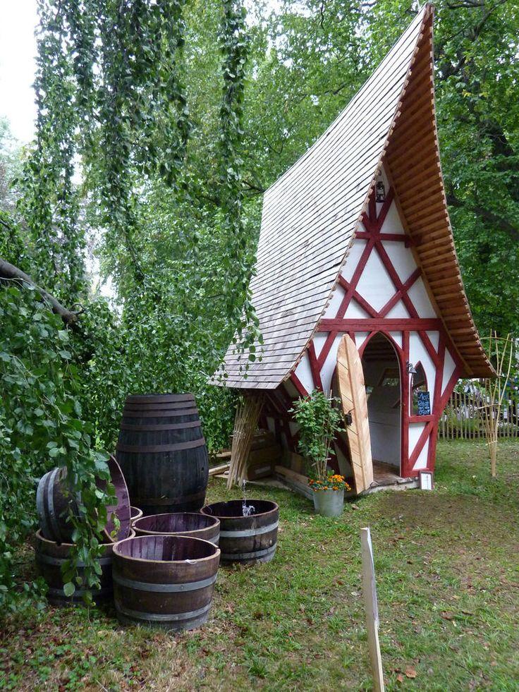 hexenh uschen gartenhaus ger teschuppen spielhaus kindertraum sauna ostergeschen spielhaus. Black Bedroom Furniture Sets. Home Design Ideas