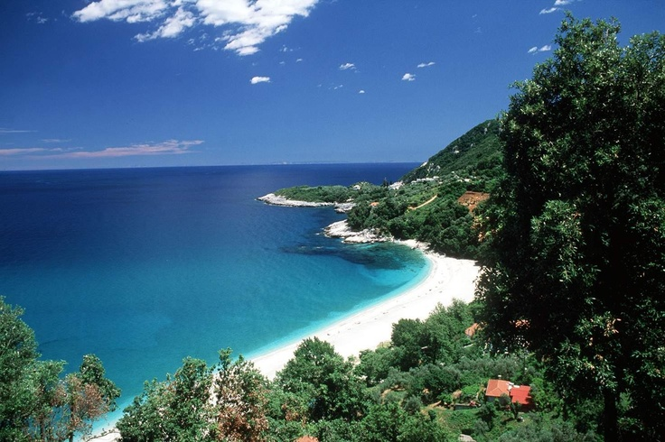 Find serenity at Plaka, Pelion   http://www.cycladia.com/blog/tourism-insight/pelion-the-mythical-mountainscape